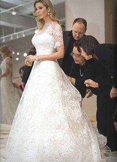 Ivanka Trump Wedding gown by Vera Ivanka Trump Wedding Dress, Ivanka Trump Dress, Celebrity Wedding Dresses, Celebrity Weddings, Vera Wang Wedding Gowns, Ivanka Trump Style, Wedding Dress Gallery, Custom Wedding Dress, Lace Wedding