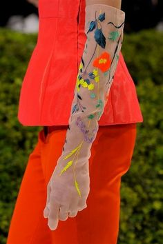 Dior Haute couture, spring-summer 2013, amazing embroidered gloves