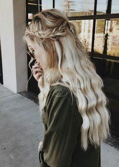 School little girl hairstyles, little girl hairstyles braids, hairs… - gewellter Haarschnitt Little Girl Hairstyles, Messy Hairstyles, Pretty Hairstyles, School Hairstyles, Toddler Hairstyles, Balayage Blond, Loose Waves Hair, Wavy Hair, Cut Her Hair