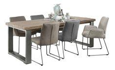 Een heerlijke grote tafel om lekker lang na te tafelen.  En natuurlijk voor een tafel vol gezellig mensen aan de leukste spellen! #prontowonen #droomwoonkamer