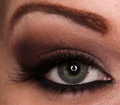 Awesome eye shadow tutorial.