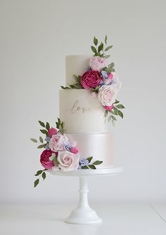 Luxury wedding cakes by cake designer Tracy James. Delivering wedding cakes accross the West Midlands. Cotton and Crumbs Cakes that taste as beautiful as they look. Luxury Wedding Cake, Floral Wedding Cakes, Wedding Cake Designs, Pretty Cakes, Beautiful Cakes, Gluten Free Wedding Cake, Cotton And Crumbs, Hot Pink Weddings, Do It Yourself Wedding
