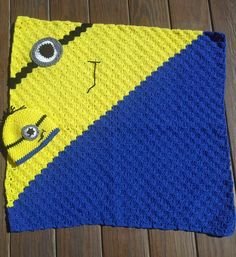 Minion corner to corner blanket and matching hat - what a perfect gift idea for kids!