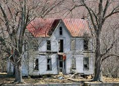 Abandoned by cindy47452, via Flickr