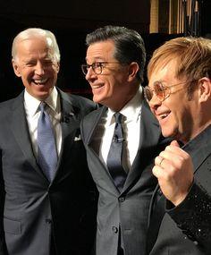 Funny Guys in Suits & Ties Jon Stewart, Stephen Colbert, Suit And Tie, Man Humor, Joe Biden, Mens Suits, Pilot, Mens Sunglasses, Celebs