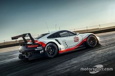 Porsche 911 RSR 2017 https://uk.pinterest.com/uksportoutdoors/dual-suspension-bikes/