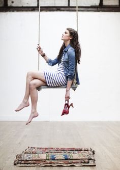 Love this indoor swing photo from Les Composantes.