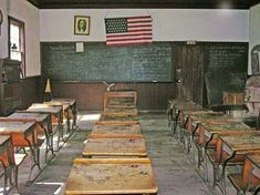 Old school room-I remember sitting at desks like this in the early Good Old Times, The Good Old Days, Gone Days, Nostalgic Images, Country Lifestyle, Our Town, Vintage School, Old School, School Days
