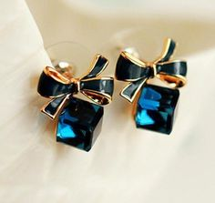 Cheap earrings for women, Buy Quality fashion earrings for women directly from China earrings for women fashion Suppliers: Fashion Geometric Cubic Zirconia Crystal Earrings for Women Red Jewelry Earrings with Stones Earings Brincos Aneis Bow Earrings, Rose Gold Earrings, Crystal Earrings, Fashion Earrings, Fashion Jewelry, 3d Crystal, Square Earrings, Jewellery Earrings, Crystal Jewelry