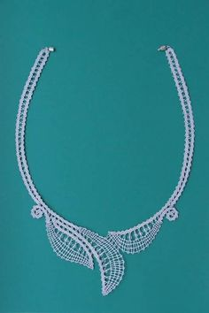 Ribbon Jewelry, Lace Jewelry, Jewelery, Needle Lace, Bobbin Lace, Lacemaking, Lace Necklace, Crochet Needles, Wool Yarn