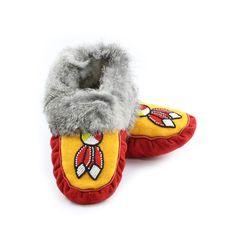 Size 6: Women's Red Hide & Grey Rabbit Fur Moccasins with Beaded Medicine Wheel & Feather Design - Kitigan #rockyourmocs #moccasins #mocmonday
