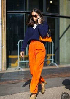 Street style fashion 48343395984935815 - Milan Fashion Week Fall 2017 Street Style: Diletta Bonaiuti Source by gibsonmariyn Street Style Chic, Street Style Outfits, Street Style 2017, Street Style Trends, Mode Outfits, Fashion Outfits, Fashion Poses, Look Fashion, Korean Fashion