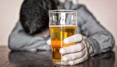 Guia alerta sobre consumo precoce de bebidas alcoólicas entre jovens -   A ingestão precoce de álcool é a principal causa de morte de jovens de 15 a 24 anos de idade em todas as regiões do mundo. O dado está no Guia Prático de Orientação sobre o impacto das bebidas alcoólicas para a saúde da criança e do adolescente, lançado pela Sociedade Brasileira de - http://acontecebotucatu.com.br/geral/guia-alerta-sobre-consumo-precoce-de-bebidas-alcoolicas-entre-jo