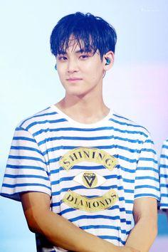 [PIC/HQ] 160730 Shining Diamond concert DAY 1 - #Seventeen Mingyu #세븐틴 #민규…