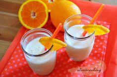 Παγωμένο Ρόφημα με Πορτοκάλι Drink with Orange Juice Hair Cut, Bob Hairstyles, My Recipes, Glass Of Milk, Desserts, Blog, Tailgate Desserts, Deserts, Haircut Parts