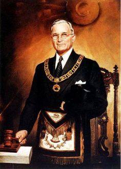 Brother Harry S Truman 97th Grand Master of Missouri. Nagasaki, Hiroshima, American Presidents, Us Presidents, American History, Masonic Art, Masonic Lodge, Freemason Lodge, Masonic Order