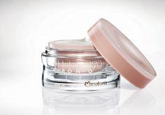 O cuidado ideal para pele frágil, com sinais acentuados e muitas linhas de expressão. - Shop Chronos