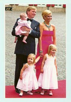 Willem-Alexander, Prince of Orange Princess Máxima Princess Catharina-Amalia Princess Alexia Princess Ariane Dutch Princess, Dutch Queen, Prince And Princess, Little Princess, Royal Brides, Royal Weddings, Queen Of Netherlands, Prince Of Orange, Newborn Schedule