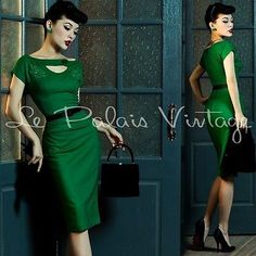 Le Palais Vintage Emerald Elegant Embroidery Tight Dress - Designed by Winny