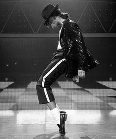 Best Film Posters : Michael Jackson The Legend Michael Jackson Poster, Michael Jackson Wallpaper, Michael Jackson Bad, Janet Jackson, Michael Jackson Kunst, Michael Jackson Thriller, Jackson's Art, The Jacksons, Poses