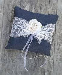 Výsledek obrázku pro burlap pillow ring wedding