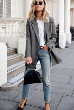 Grey blazer, white t-shirt, light wash crop jeans, black ankle strap block heel pumps, round aviator sunglasses, black mini bag. Spring outfits, casual outfits, fashion trends 2018, casual outfits, simple outfits, work outfits, #fashion2018 #casualstyle #springstyle #streetstyle #ootd #minimaliststyle #fashionblogger #weartowork