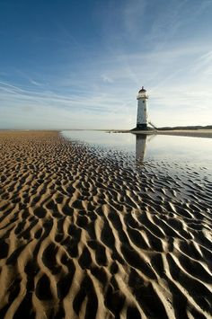 ✮ The lighthouse on Talacre Beach in North Wales at Point of Ayr #gbravel http://www.europealacarte.co.uk/blog/2013/04/18/gbtravel-hashtag-great-britain-travel-tweets/