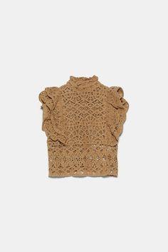 TEXTURED RUFFLED TOP - TOPS-WOMAN   ZARA Canada Crochet Fabric, Crochet Lace, Crochet Patterns, Big Knit Blanket, Jumbo Yarn, Big Knits, Knit Pillow, String Bag, Market Bag