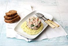 Light Συνταγές - Συνταγές Light | Argiro.gr Food Categories, Mashed Potatoes, Seafood, Fish, Tableware, Ethnic Recipes, Kitchen, Foodies, Kitchens