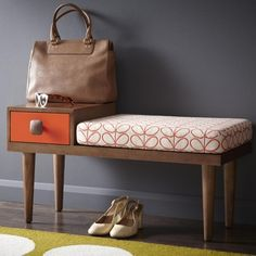Bench Brown Orange by Orla Kiely (inspiration: home for the purse. Bench and tray could work too) Retro Furniture, Home Furniture, Furniture Design, Hallway Furniture, Furniture Chairs, Furniture Outlet, Discount Furniture, Casa Retro, Retro Home