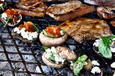 Enjoying a healthy braai South African Recipes, Ethnic Recipes, Braai Recipes, Taste The Rainbow, Favorite Pastime, Salmon Burgers, Kos, Healthy, Travelling