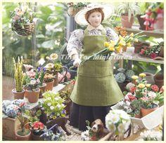Este pequeño invernadero forma parte de mi colección personal lo realice en el año 2009     Feliz en su micro mundo de flores       Perso...