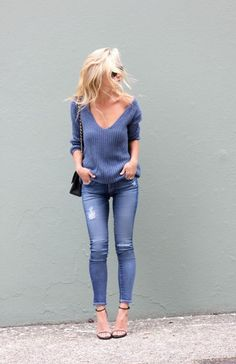 all blue outfit with v-neck sweater, distressed jeans and heels