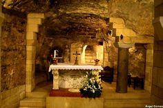 La otra parte de la Santa Casa: Gruta de la Basílica de la Anunciación, en Nazaret, Israel