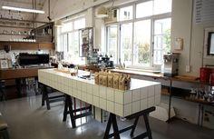 Tiled bench bar inspiration bakery cafe, cool cafe и cafe re Bakery Cafe, Cafe Restaurant, Cool Cafe, Shop Front Design, Commercial Kitchen, Shop Interior Design, Lamps, Coffee Shops, Coffee Coffee