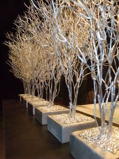 Change to red, orange, bronze and copper for fall decor to create more intimacy Christmas Wedding, White Christmas, Christmas Crafts, Beach Christmas, Xmas Decorations, Wedding Decorations, Branch Decor, Winter Wonderland Wedding, Wedding Centerpieces