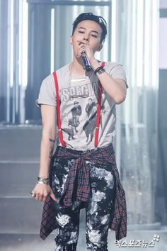 Press photos of Big Bang's comeback stage on Mnet's M Countdown: GD