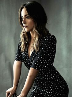 Chloe Bennet - Most Beautiful Girls Chloe Bennett, Beautiful Celebrities, Beautiful People, Beautiful Things, Woman Movie, Hot Girls, Actresses, Poses, Lady