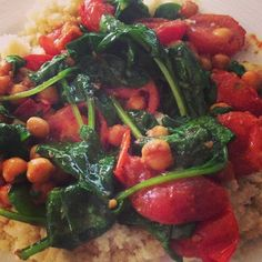 Actually Amy: One Pot Wonder: Spinach, Tomato and Couscous