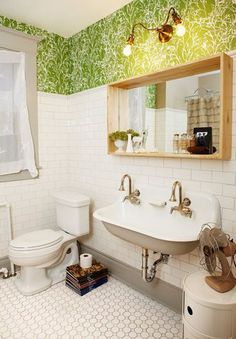 trough-sink-and-green-leafy-wallpaper
