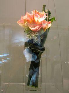 Amarillis, Ikebana, Floral Arrangements, Glass Vase, Flowers, Design, Home Decor, Decoration Home, Room Decor