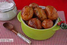 Patatas de guarnición caramelizadas a la naranja y vino tinto. Receta de Navidad