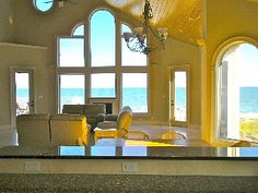 'Low Tide Too' Stunning Oceanfront Home with Pool / Hot Tub!