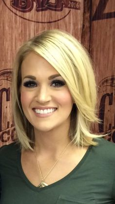 11 Typical Carrie Underwood Bob Hairstyle Ideas - Dekor 11 Typical Carrie Underwood Bob Hairstyle Id Country Hairstyles, Bob Hairstyles For Fine Hair, Wedding Hairstyles, Everyday Hairstyles, Mom Haircuts, Hairstyles Haircuts, Ponytail Hairstyles, Carrie Underwood Haircut, Carrie Underwood Makeup