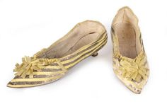 A pair of yellow and black striped leather shoes, with pointed toes, low yellow Italian heels, trimmed with yellow rosettes and ribbons Archive List - Kerry Taylor Auctions Fast Fashion, Women's Fashion, Italian Fashion, Vintage Shoes, Fashion History, Black Stripes, Passion For Fashion, Leather Shoes, Me Too Shoes