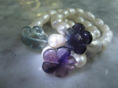 Perlenarmbänder - Armband Perle Veilchen Bluete Chalcedon Mondstein - ein Designerstück von TOMKJustbe bei DaWanda