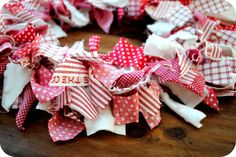 Methinks I will have to make me some of these for Christmas this year!
