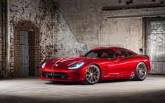 2017: End of career for Dodge Viper!? The American continent can boast a rich history in the automotive industry, the one which gave rise to the Sportcars such as the iconic Chevrolet Corvette, Ford Mustang, Dodge Challenger, Dodge Charger, Shelby Cobra, Dodge Viper, and many other. And if the first three mentioned, continue to be... #dodgeviperred