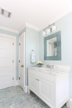 Pretty bathroom vanity - Lewis and Weldon Custom Kitchens Bathroom Design Layout, Bath Design, Kitchen Post, Kitchen And Bath, Custom Kitchens, Transitional Kitchen, Custom Cabinetry, Beautiful Bathrooms, House Design