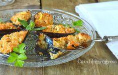 Le cozze Gratinate sono un classico antipasto della tradizione culinaria italiana. Si tratta di un piatto di mare molto scenografico, gustoso e semplice.
